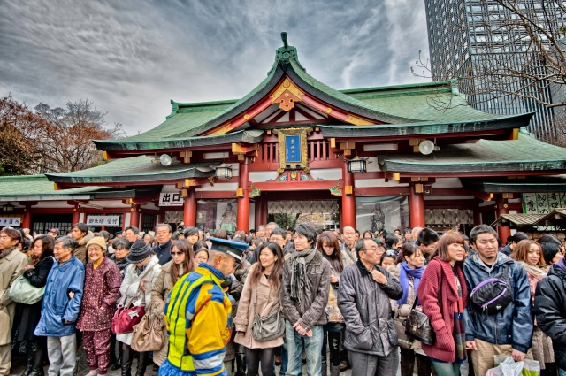 Crowd at the Hie Jinja on Japanese New Year